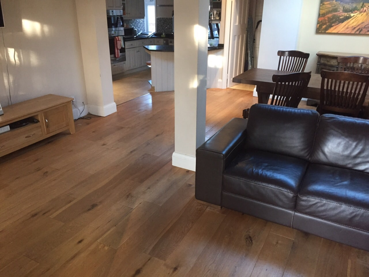 Floor sanding london dogs and hardwood floors for Hardwood floors good for dogs